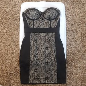 Form fitting black lace dress size small